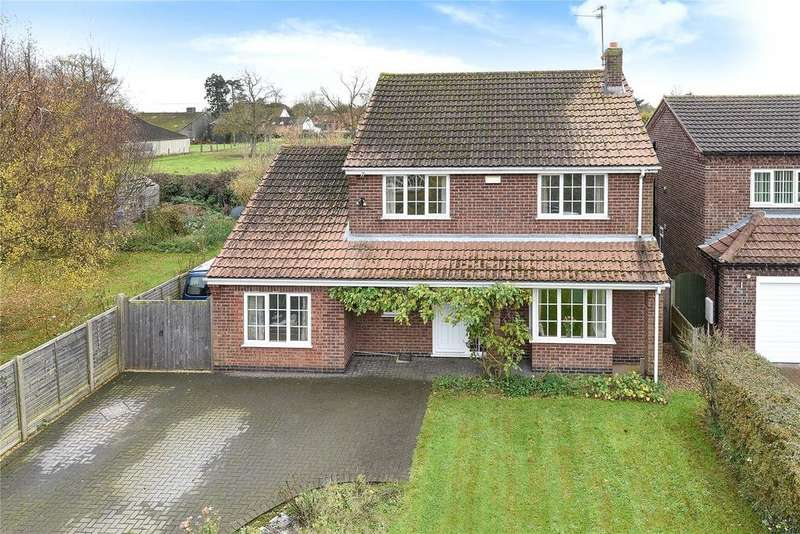 4 Bedrooms Detached House for sale in Sands Lane, Carlton le Moorland, LN5