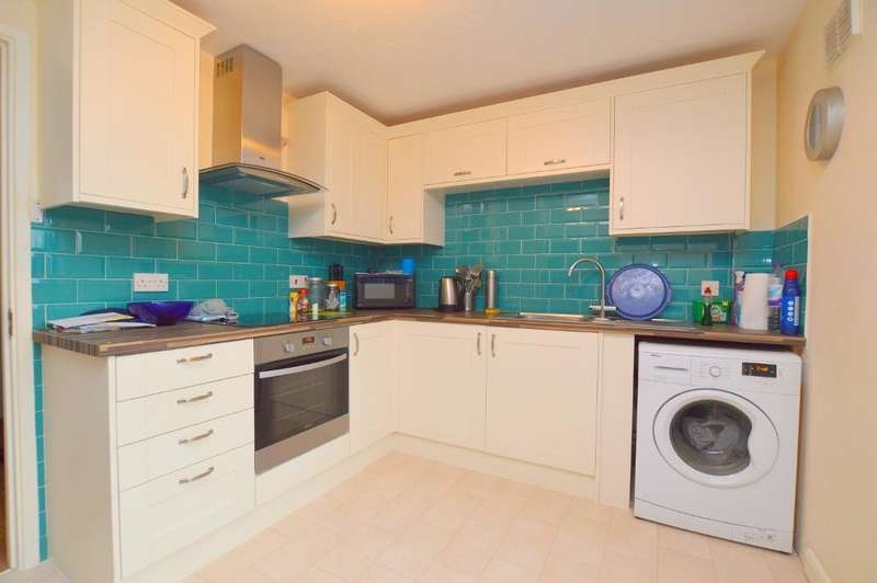 1 Bedroom Terraced House for sale in Pomeroy Grove, Luton, LU2 7SY