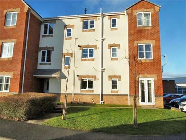 2 Bedrooms Flat for sale in Sidney Gardens, Blyth, Northumberland