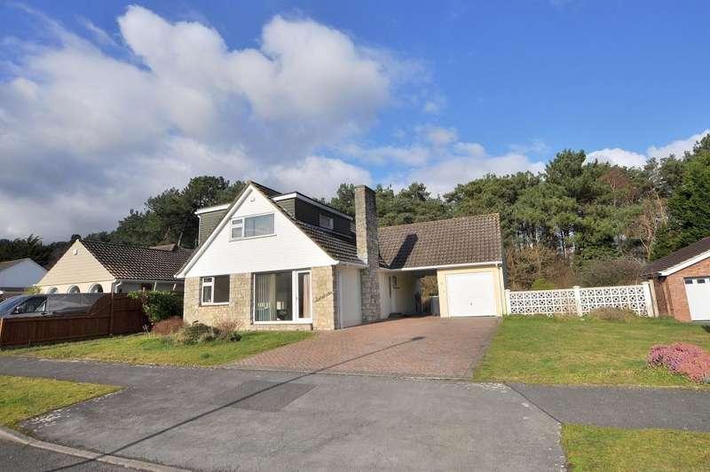 4 Bedrooms Detached Bungalow for sale in Hazel Drive, Ferndown