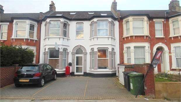2 Bedrooms Flat for sale in Broadfield Road , Catford , London , SE6 1ND