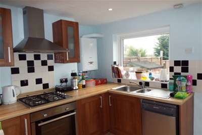 2 Bedrooms Terraced House for rent in Pembury Road, South Tonbridge