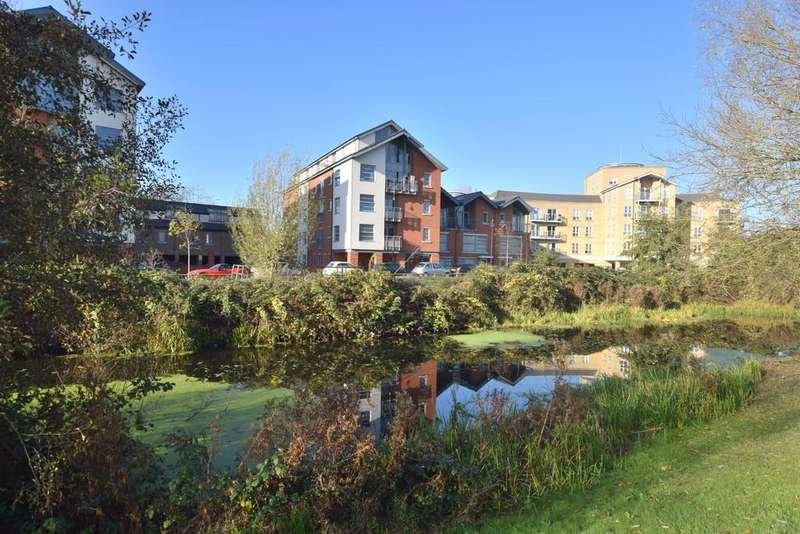 2 Bedrooms Apartment Flat for sale in Rotary Way, Colchester, CO3 3LG