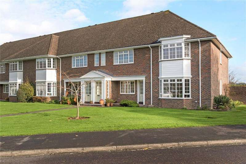 2 Bedrooms Flat for sale in Trafalgar Court, Farnham, Surrey, GU9
