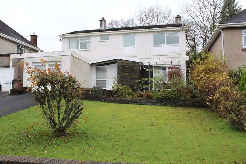 4 Bedrooms Detached House for sale in Pontamman Road, Ammanford