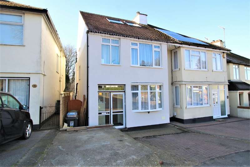 4 Bedrooms Semi Detached House for sale in Corner Hall, Hemel Hempstead