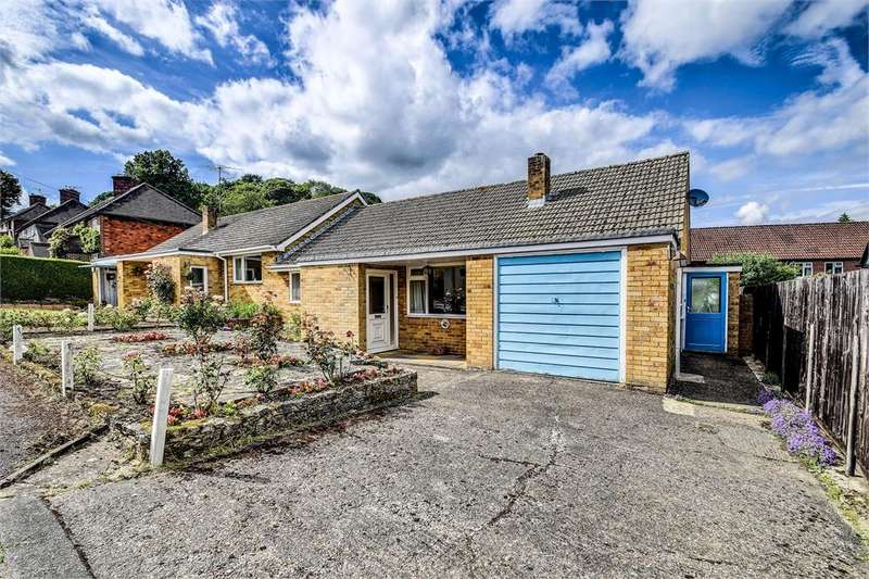 2 Bedrooms Semi Detached Bungalow for sale in Critchmere Vale, Haslemere