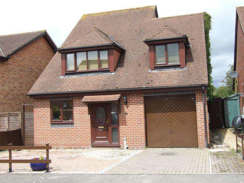 4 Bedrooms Detached House for sale in North Bradley