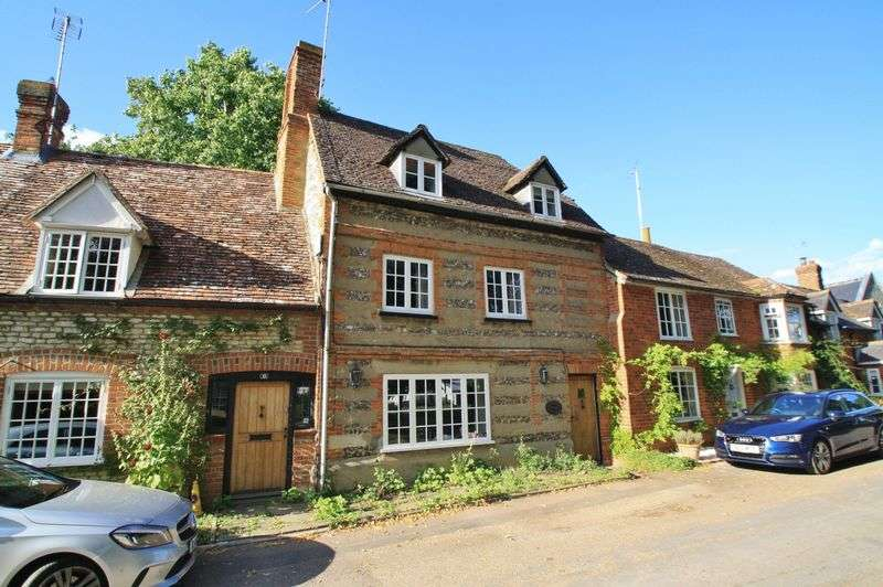 3 Bedrooms Property for sale in 15 The Green South, Warborough, Wallingford