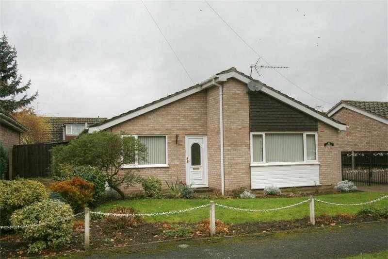2 Bedrooms Detached Bungalow for sale in West Harling Road, NR16 2NP, East Harling, Attleborough, Norfolk