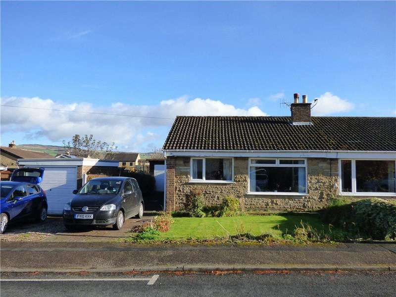 2 Bedrooms Semi Detached Bungalow for sale in Thornhill Road, Steeton, Keighley, West Yorkshire