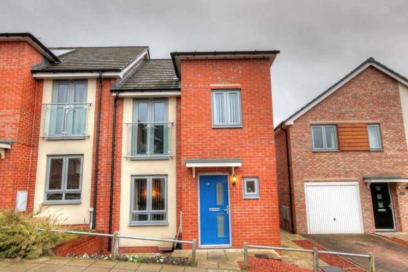 3 Bedrooms Semi Detached House for sale in Lydney Court, Throckley, Newcastle Upon Tyne, NE15