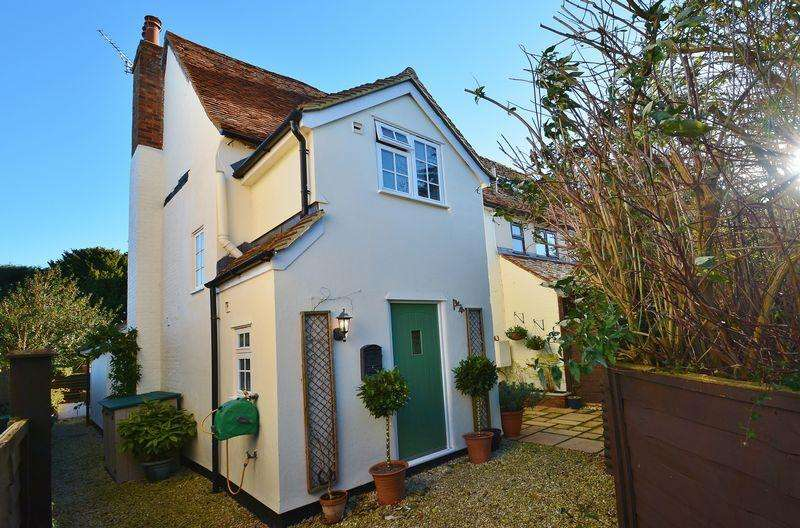 3 Bedrooms Semi Detached House for sale in Parkers Hill, Tetsworth