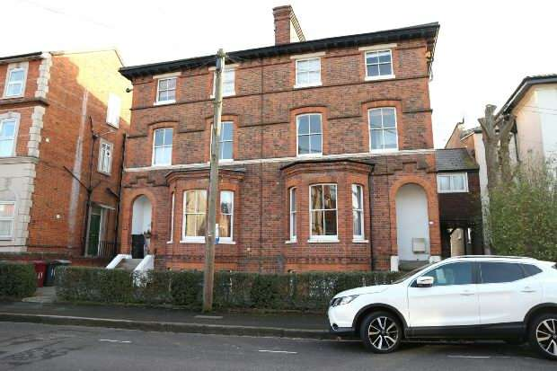 1 Bedroom Flat for rent in Castle Crescent, Reading, RG1 6AQ