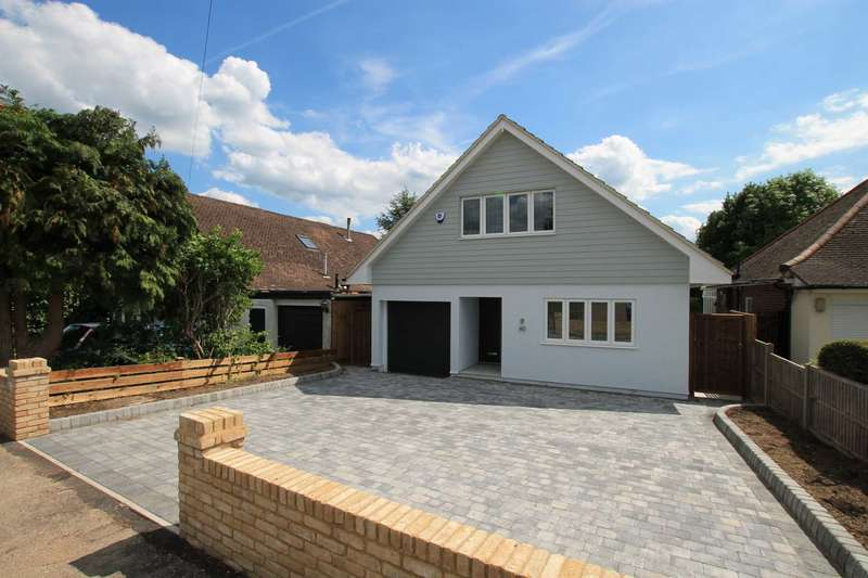4 Bedrooms Detached House for sale in Green Lane, St Albans