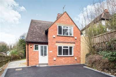 3 Bedrooms House for rent in Lower Kingswood, KT20