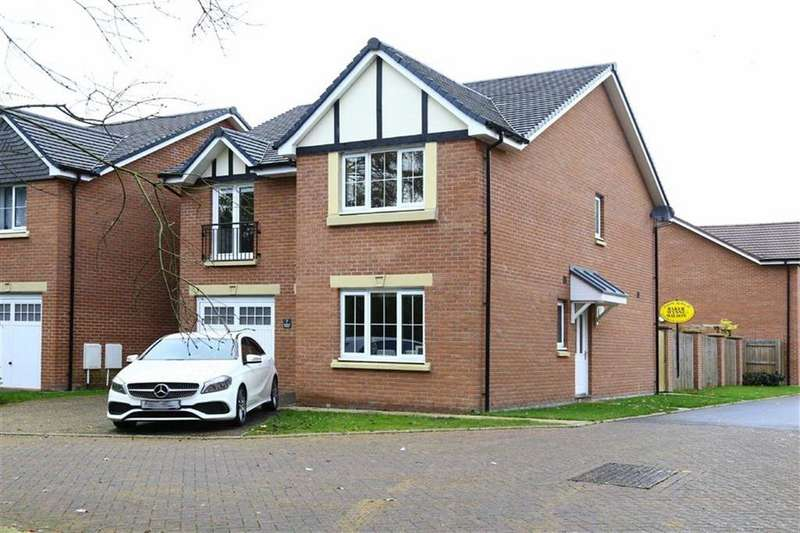 4 Bedrooms Detached House for sale in Sandland Grove, Nantwich, Cheshire