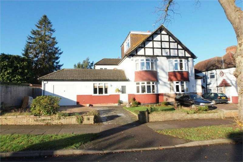 4 Bedrooms Semi Detached House for sale in Chestnut Avenue, West Wickham, Kent