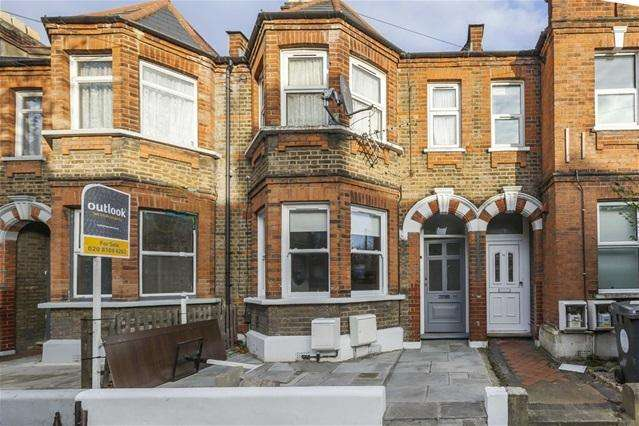 1 Bedroom Flat for sale in Edward Road, Walthamstow