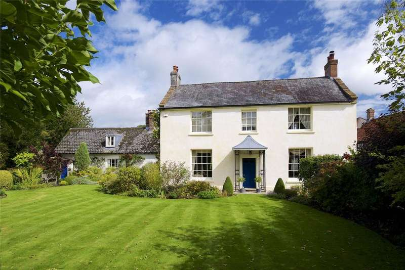 4 Bedrooms Detached House for sale in Cerne Abbas, Dorset