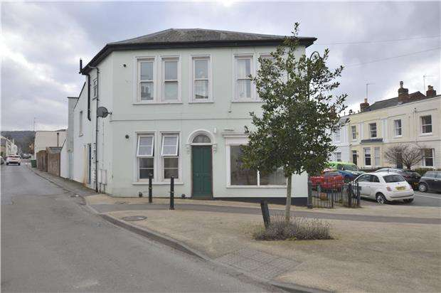 1 Bedroom Flat for sale in Gratton Road, GL50 2BS