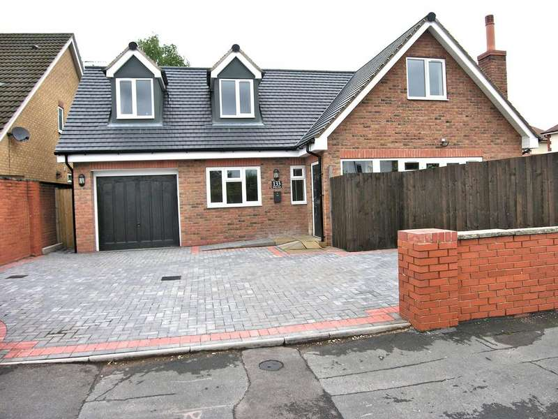 3 Bedrooms Detached House for sale in BODMIN AVENUE, WEEPING CROSS, STAFFORD ST17