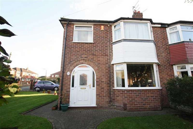 3 Bedrooms Semi Detached House for sale in St Martins Road, SALE