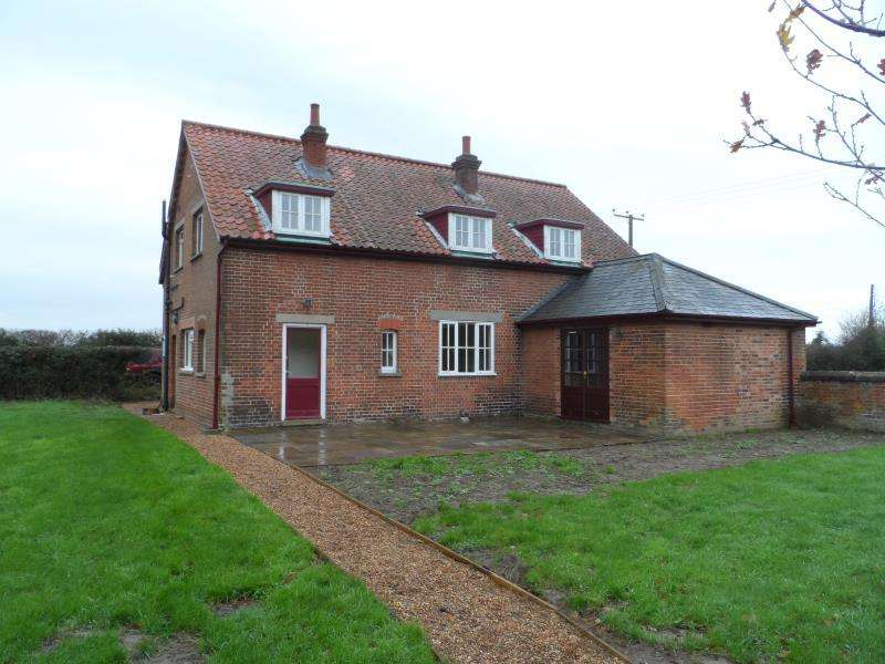 3 Bedrooms Detached House for rent in Ashby, Suffolk