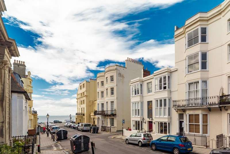 2 Bedrooms Apartment Flat for sale in Waterloo Street, Hove, BN3
