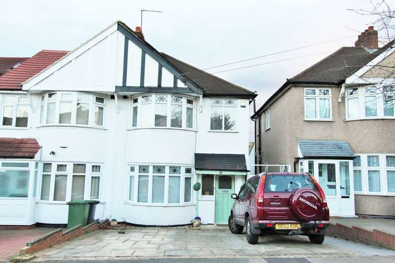 3 Bedrooms End Of Terrace House for sale in Selworthy Road, London, London, SE6