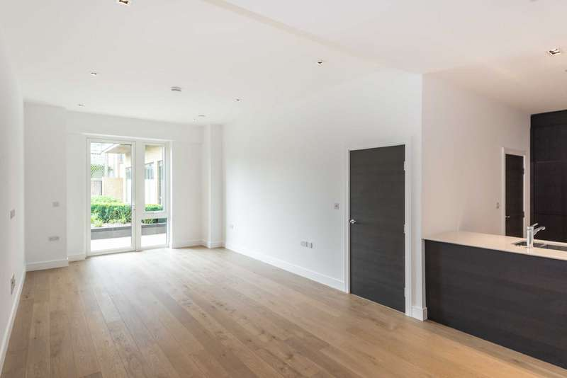 2 Bedrooms Apartment Flat for sale in Quayside House, Kew Bridge Road, Brentford, London, TW8