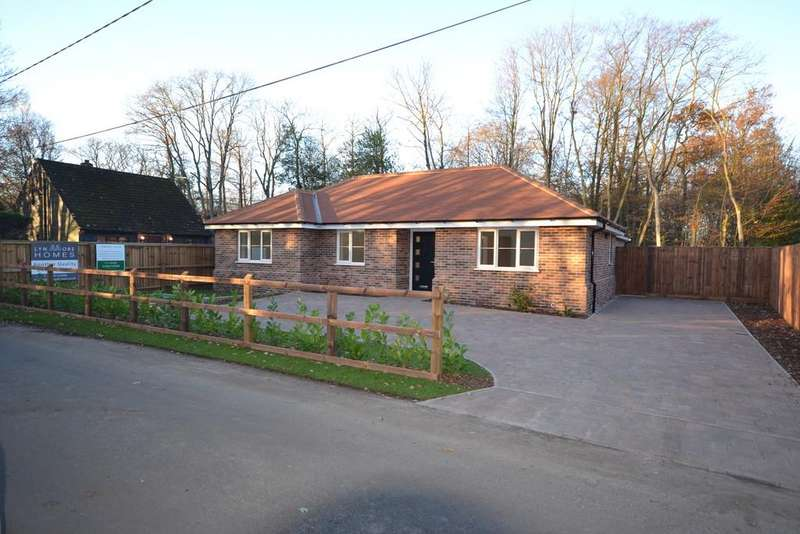 3 Bedrooms Detached Bungalow for sale in Chapel Lane, Crockleford Heath, CO7 7BJ