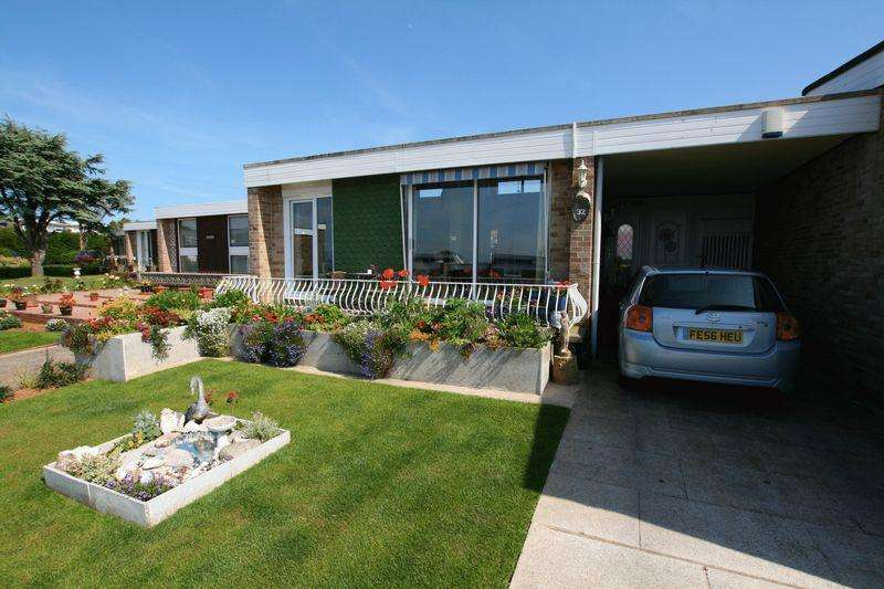 2 Bedrooms Bungalow for sale in Marina Drive, Brixham