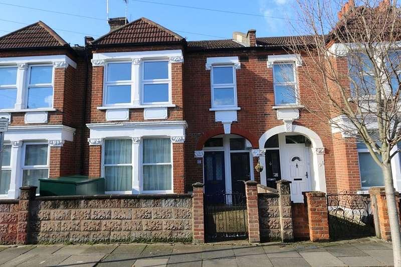 3 Bedrooms Maisonette Flat for sale in Hotham Road, London, London, SW19 1BS