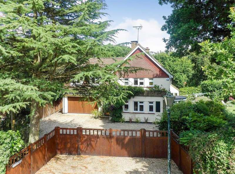 4 Bedrooms Detached House for sale in Little Baddow