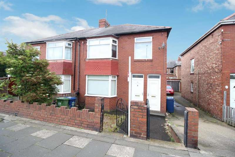3 Bedrooms Flat for sale in Benfield Road, Newcastle Upomn Tyne