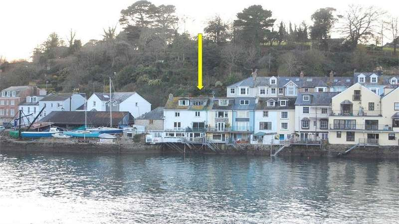 3 Bedrooms Terraced House for sale in 14 Passage Street, FOWEY, Cornwall