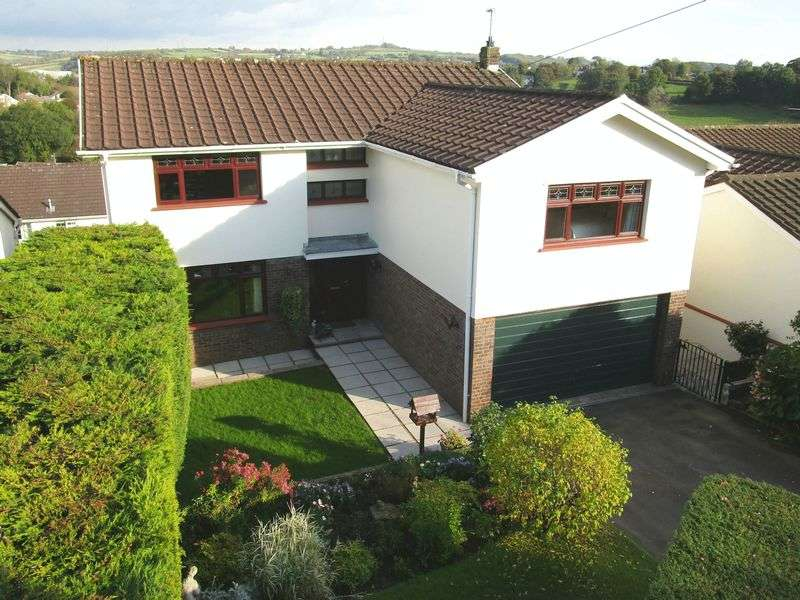 5 Bedrooms Property for sale in 'Hillanvale' 11 Bowmans Way, Cowbridge, Vale of Glamorgan