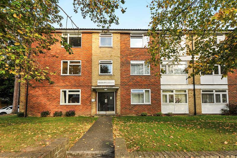 2 Bedrooms Flat for sale in Bishops Green Upper Park Road, Bromley, BR1