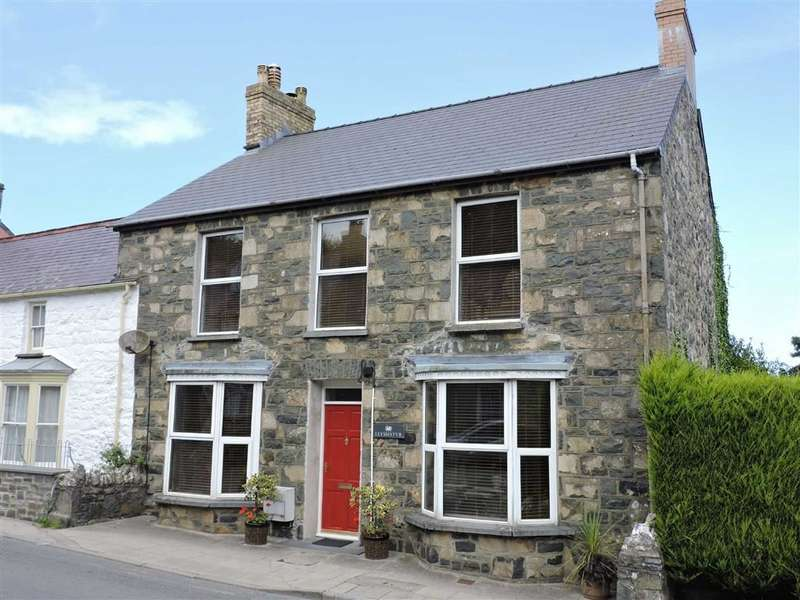 5 Bedrooms Semi Detached House for sale in West Street, Newport