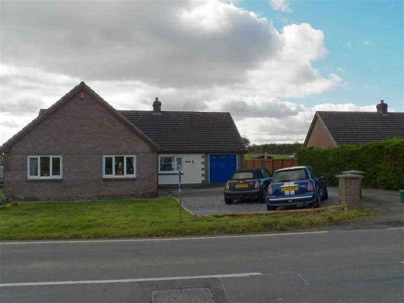4 Bedrooms Detached Bungalow for sale in Trevaughan, Carmarthen