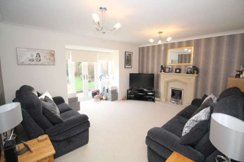 4 Bedrooms Detached House for sale in Parsonage Close, Upholland, Skelmersdale, WN8