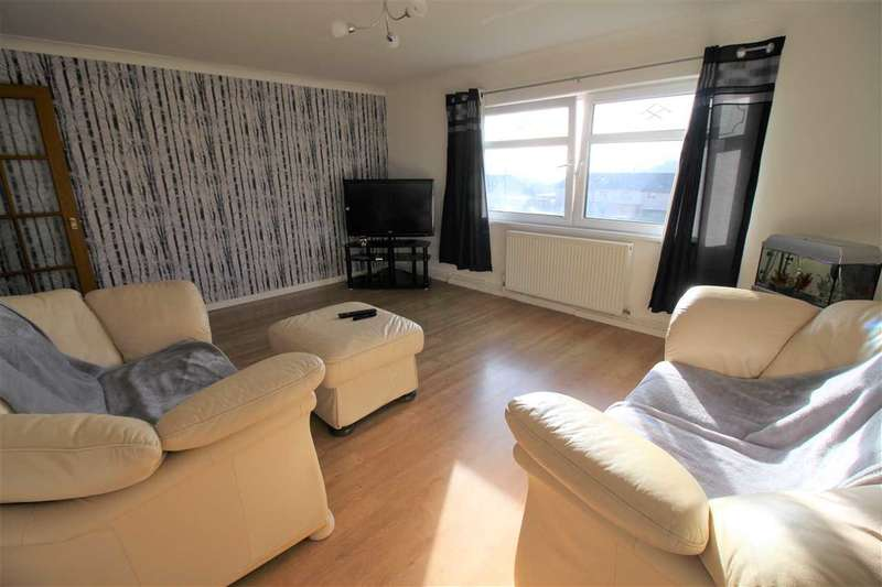 2 Bedrooms Apartment Flat for sale in Bryngolau, Tonyrefail, Tonyrefail