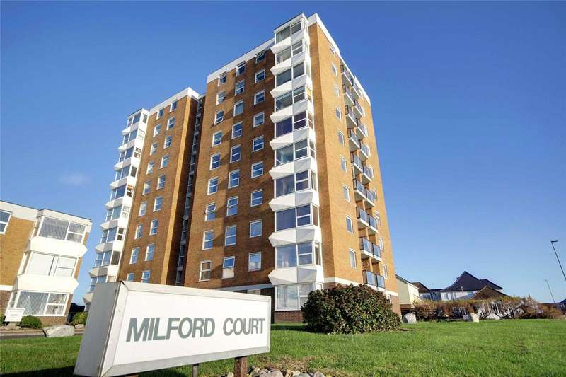 2 Bedrooms Apartment Flat for sale in Milford Court, Brighton Road, Lancing, BN15