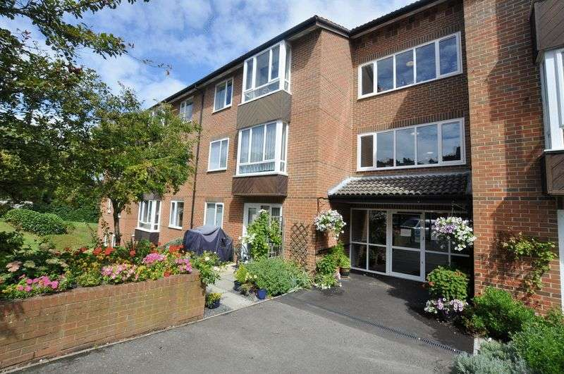 1 Bedroom Property for sale in Blenheim Court, Bromley, BR2 0RB