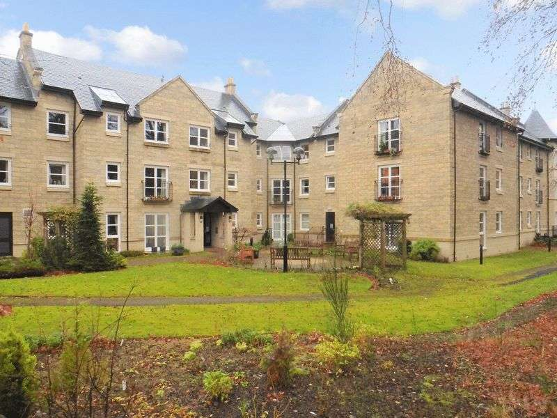 2 Bedrooms Property for sale in Fishersview Court, Pitlochry, PH16 5AN