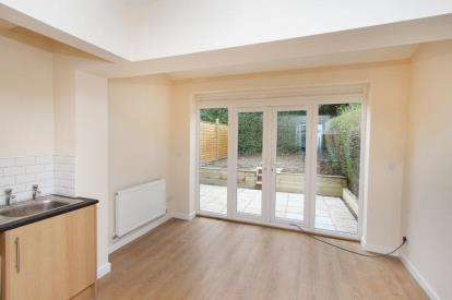 3 Bedrooms Terraced House for sale in Woodthorpe Road, Sheffield, South Yorkshire
