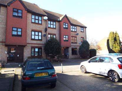 1 Bedroom Flat for sale in Plaistow, London, England