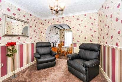 3 Bedrooms Semi Detached House for sale in Sunnybank Avenue, Kingstanding, Birmingham, West Midlands