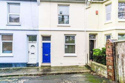 3 Bedrooms Terraced House for sale in Stoke, Plymouth, Devon